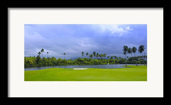 Golf Framed Print featuring the photograph Golfer's Paradise by Stephen Anderson
