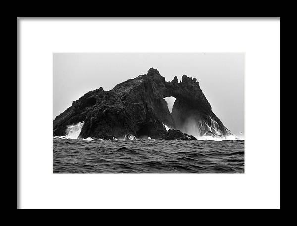 Archipelago Framed Print featuring the photograph Great Arch On The Farallon Islands by Scott Lenhart