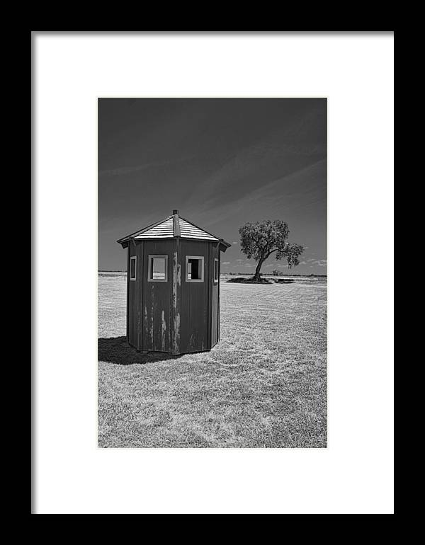 Landscape Framed Print featuring the photograph Guard Shack by Tom Winfield