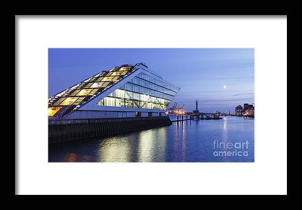 2014 Framed Print featuring the photograph Hamburg Dockland At Night by Jannis Werner