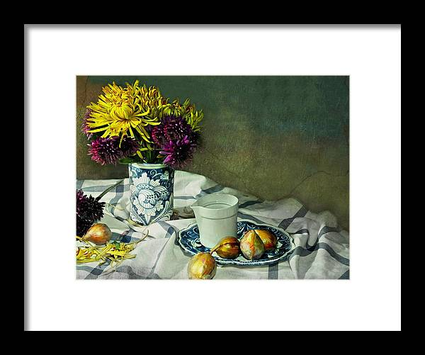 Still Life Framed Print featuring the photograph Shy Mums by Diana Angstadt