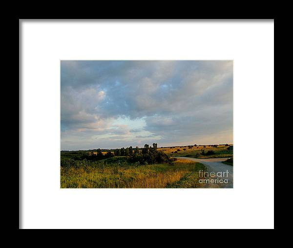 View Framed Print featuring the photograph High Valley View 2 0f 2 by Scott B Bennett