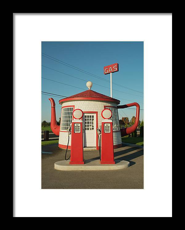 Outdoors Framed Print featuring the photograph Historic Teapot Gas Station by Kevin Schafer