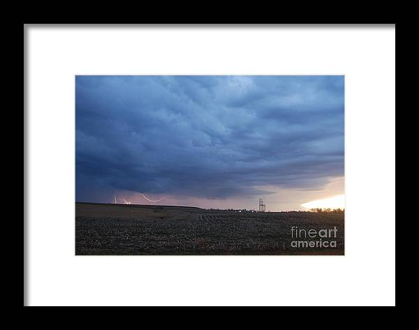 Lightning Framed Print featuring the photograph HV8 by Tom Williams