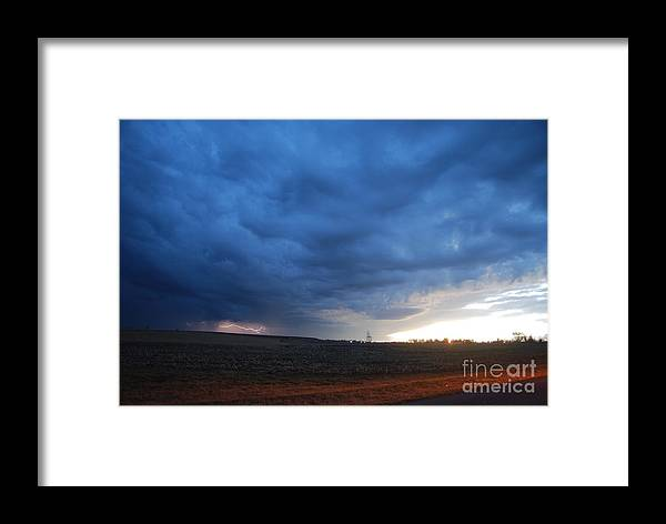 Lightning Framed Print featuring the photograph HV9 by Tom Williams