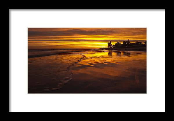 Sunset Framed Print featuring the photograph Img-1245 by Jac Keo