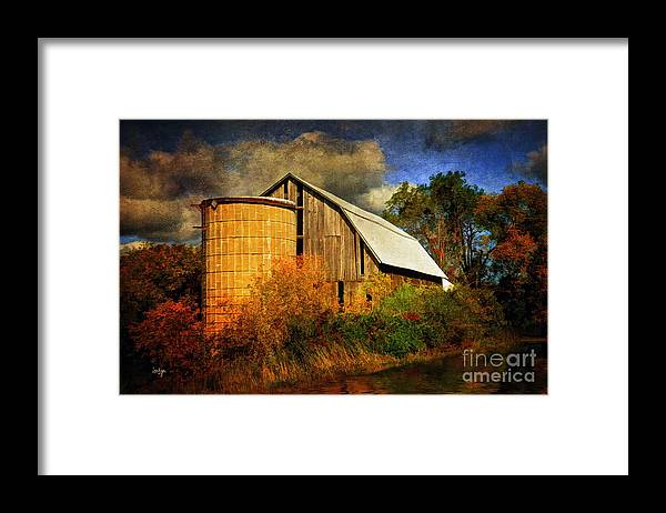 Barn Framed Print featuring the photograph In The Gloaming by Lois Bryan
