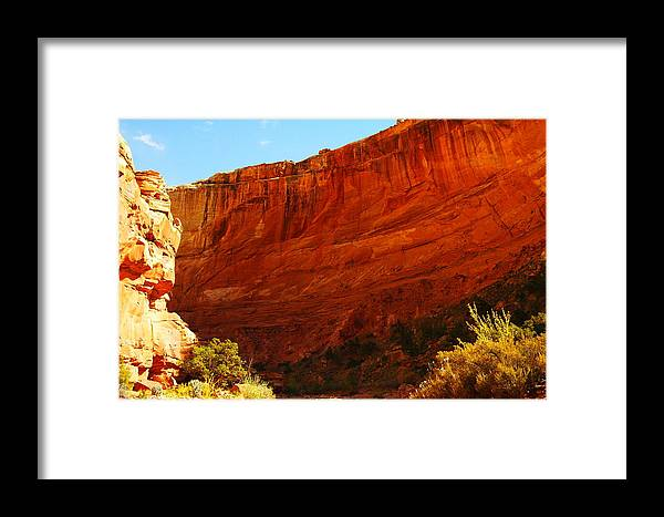 Framed Print featuring the photograph Into The Canyon by Jeff Swan