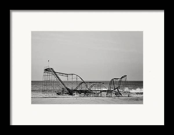 Jet Star Framed Print featuring the photograph Jet Star by Terry DeLuco