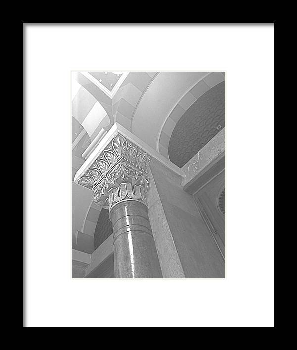 Black And White Framed Print featuring the photograph Jubilee Synagogue Black And White by Hannah Rose