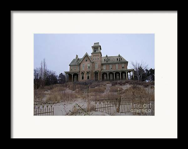Haunted House Framed Print featuring the photograph Kettle Point Manor by Tom Straub