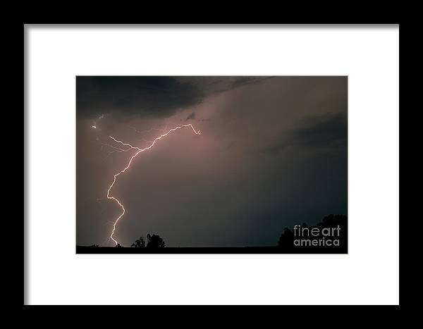 Lightening Framed Print featuring the photograph Lightening 11 by Alan Russo
