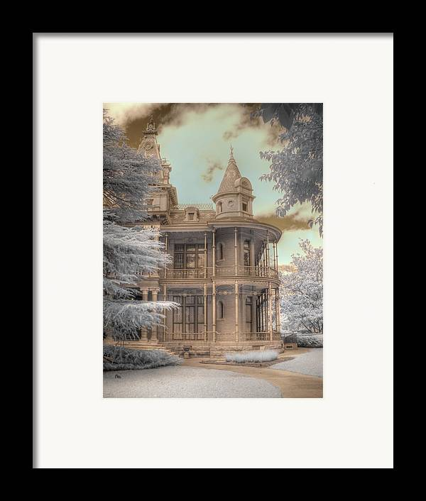 Littlefield Home Framed Print featuring the photograph Littlefield Mansion by Jane Linders