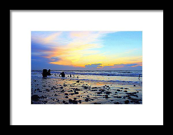 Grandview Sunrise Framed Print featuring the photograph Low Tide Glow by Katherine Kearney
