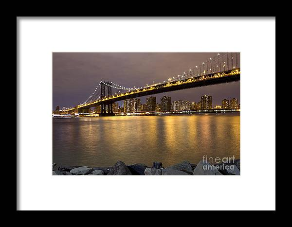 Manhattan Bridge Framed Print featuring the photograph Manhattan Bridge Lights by Leslie Leda