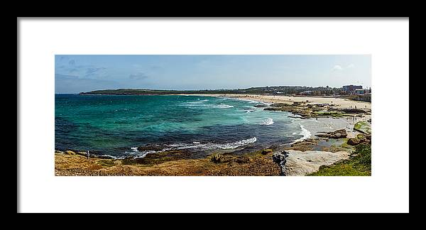 Maroubra Framed Print featuring the photograph Maroubra Bay by Sean H Choe