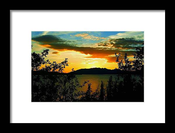North America Framed Print featuring the photograph Marsh Lake - Yukon by Juergen Weiss