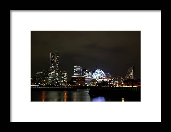 Tranquility Framed Print featuring the photograph Minato-mirai by Takuya.skd
