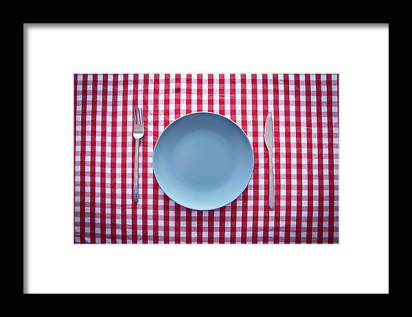 Empty Framed Print featuring the photograph Modern Blue Plate On Red Checkered by Kkong5