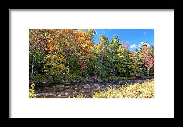 Color Framed Print featuring the photograph Mountain Stream In Early Autumn by A Gurmankin