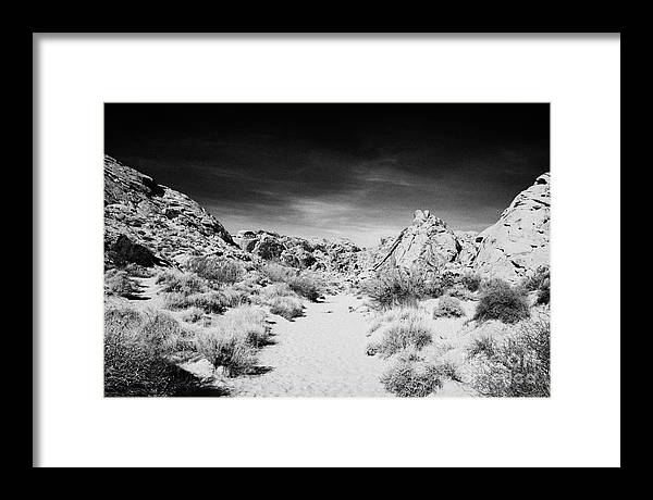 Valley Framed Print featuring the photograph Mouses Tank Trail Valley Of Fire State Park Nevada Usa by Joe Fox