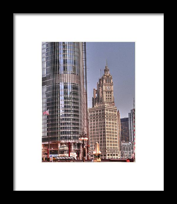 Tribune Tower Framed Print featuring the photograph Neo-gothic Meets Post-modern by David Bearden