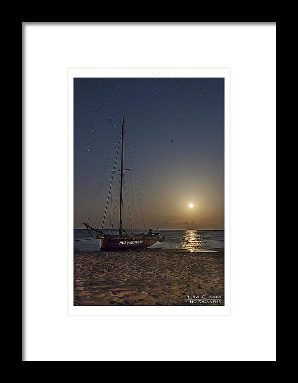 Framed Print featuring the photograph Neptun by Leo Coste
