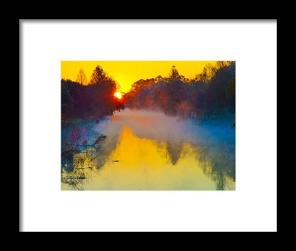 Orcinusfotograffy Framed Print featuring the photograph Noel Sur Le Bayou Teche Brouillard by Kimo Fernandez