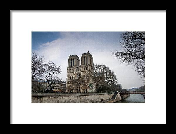 Parisfrance Framed Print featuring the photograph Nortre Dame 2 by Frank Molina