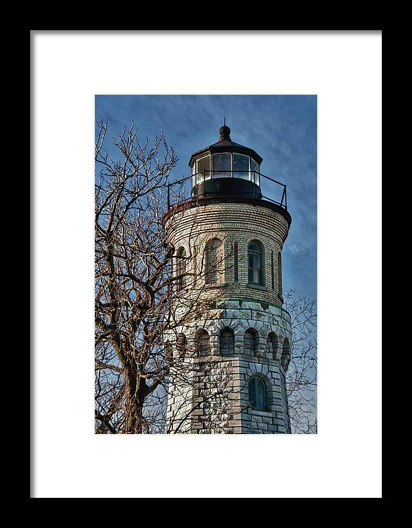 Lighthouse Framed Print featuring the photograph Old Fort Niagara Lighthouse 4484 by Guy Whiteley