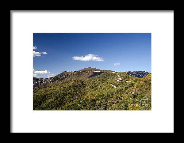 Autumn Mountains Framed Print featuring the photograph Open View 2 Of The Great Wall Mutianyu Section 603 by Terri Winkler