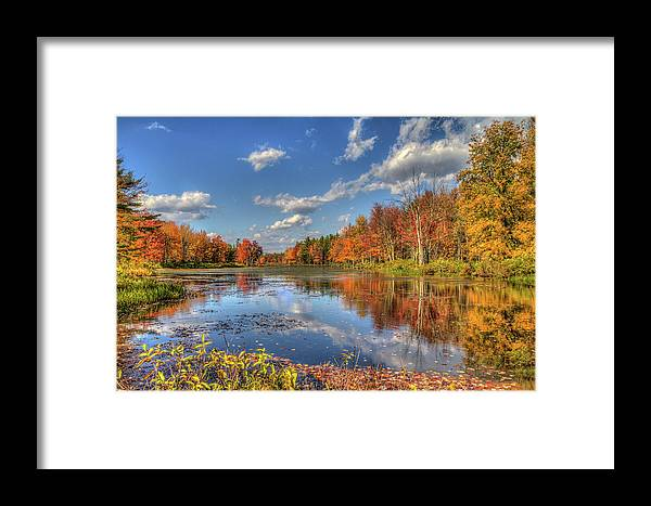 Scenics Framed Print featuring the photograph Paddle Not Needed by Joe Martin A New Hampshire Portrait Photographer
