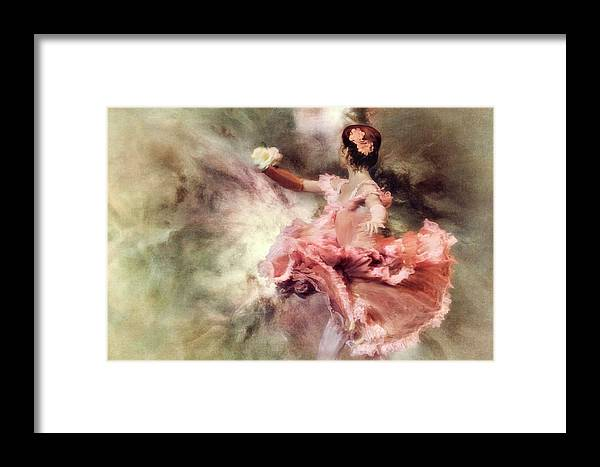 Motion Framed Print featuring the photograph Painting My Sleep With A Colour So Bright... by Charlaine Gerber