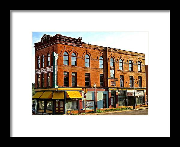 Palace Framed Print featuring the photograph Palace Hotel by Jeff Gater