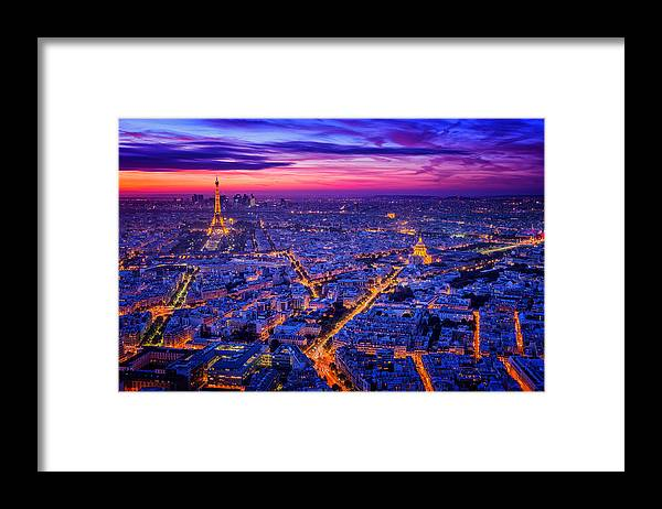 Night Framed Print featuring the photograph Paris I by Juan Pablo De