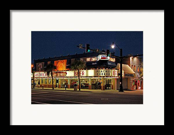Peaches Corner Framed Print featuring the photograph Peaches Corner by Suzanne Gaff