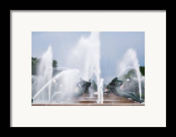 Fountain Framed Print featuring the photograph Philadelphia - Swann Memorial Fountain by Bill Cannon
