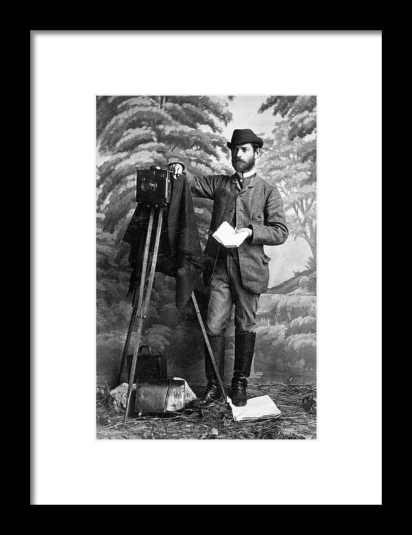 1900 Framed Print featuring the photograph Photographer, 1900 by Granger