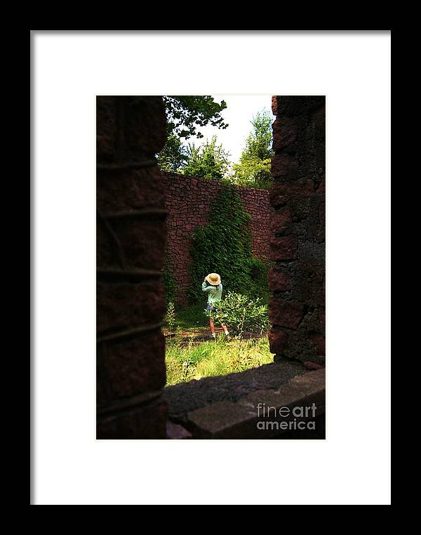 Julie Clements Framed Print featuring the photograph Photographing The Photographer by Julie Clements