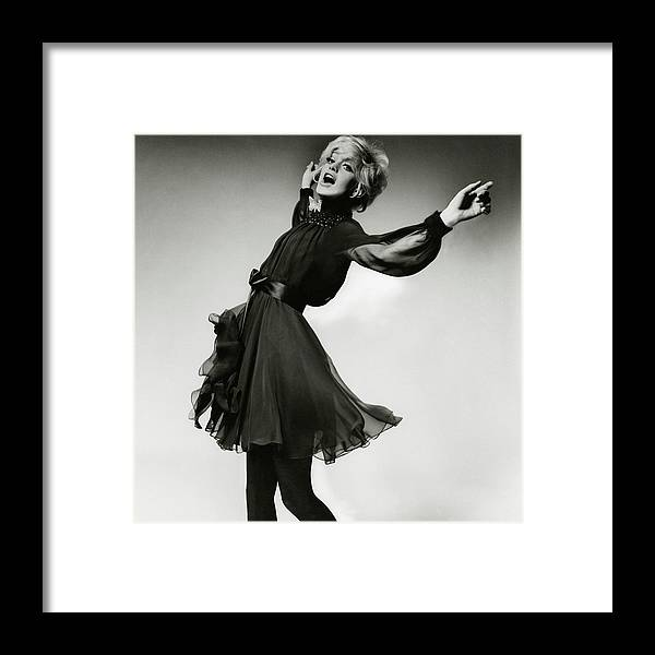 Accessories Framed Print featuring the photograph Portrait Of Goldie Hawn by Bert Stern