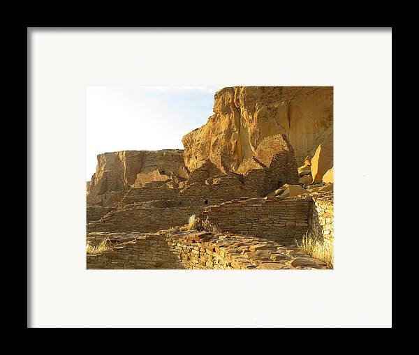 Chaco Framed Print featuring the photograph Pueblo Bonito And Cliff by Feva Fotos