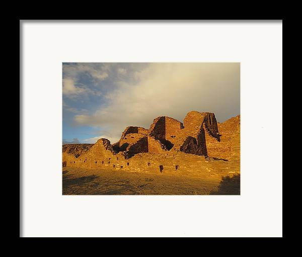 Chaco Framed Print featuring the photograph Pueblo Del Arroyo At Sunset II by Feva Fotos
