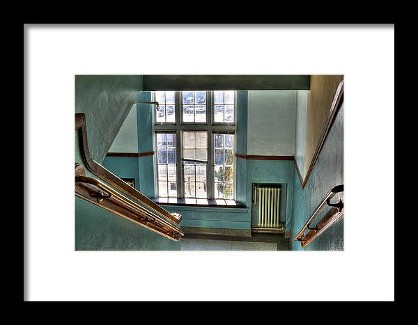Pullman High School Framed Print featuring the photograph Pullman High School - Where Memories Were Made by David Patterson