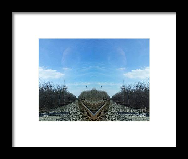 Rail Road Framed Print featuring the photograph Rail Beak by Jon Glynn