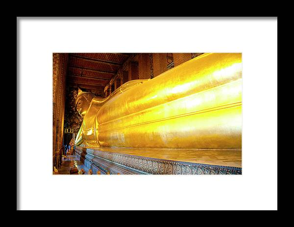 Statue Framed Print featuring the photograph Reclining Buddha, Wat Pho by Leontura