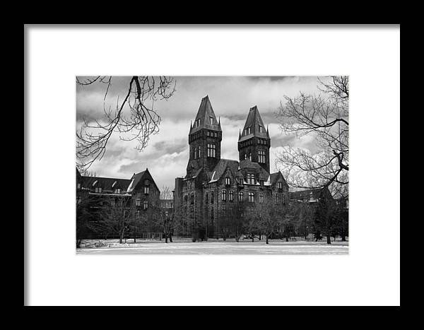 Architecture Framed Print featuring the photograph Richardson Complex 4012 by Guy Whiteley