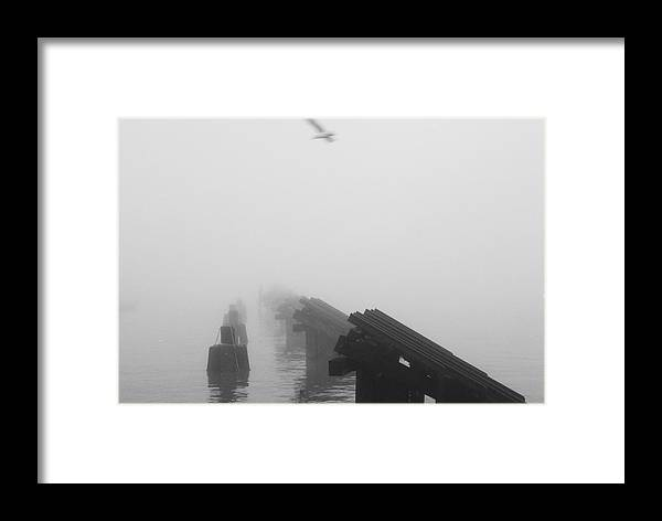 New York City Framed Print featuring the photograph Riverside Park by Rob Michels