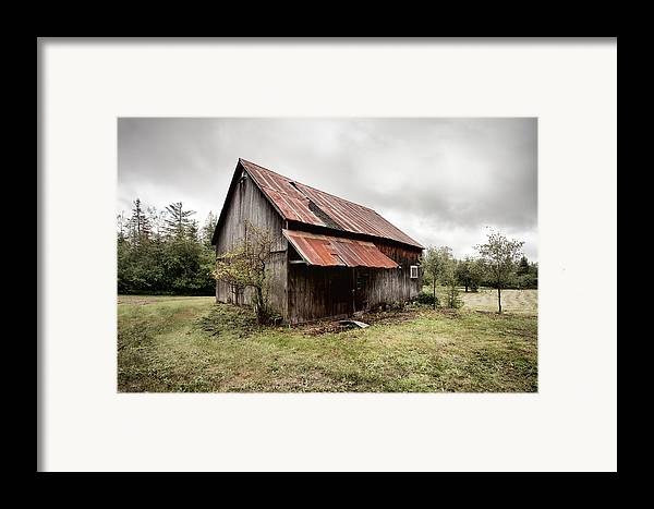 Old Barn Framed Print featuring the photograph Rusty Tin Roof Barn by Gary Heller