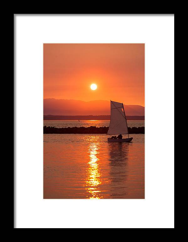 Sunset Framed Print featuring the photograph Sailors Solitude 2 by Scott Campbell