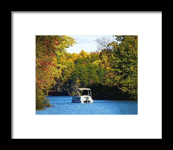 Autumn Framed Print featuring the photograph Scenic Autumn Viewing by Sandi OReilly